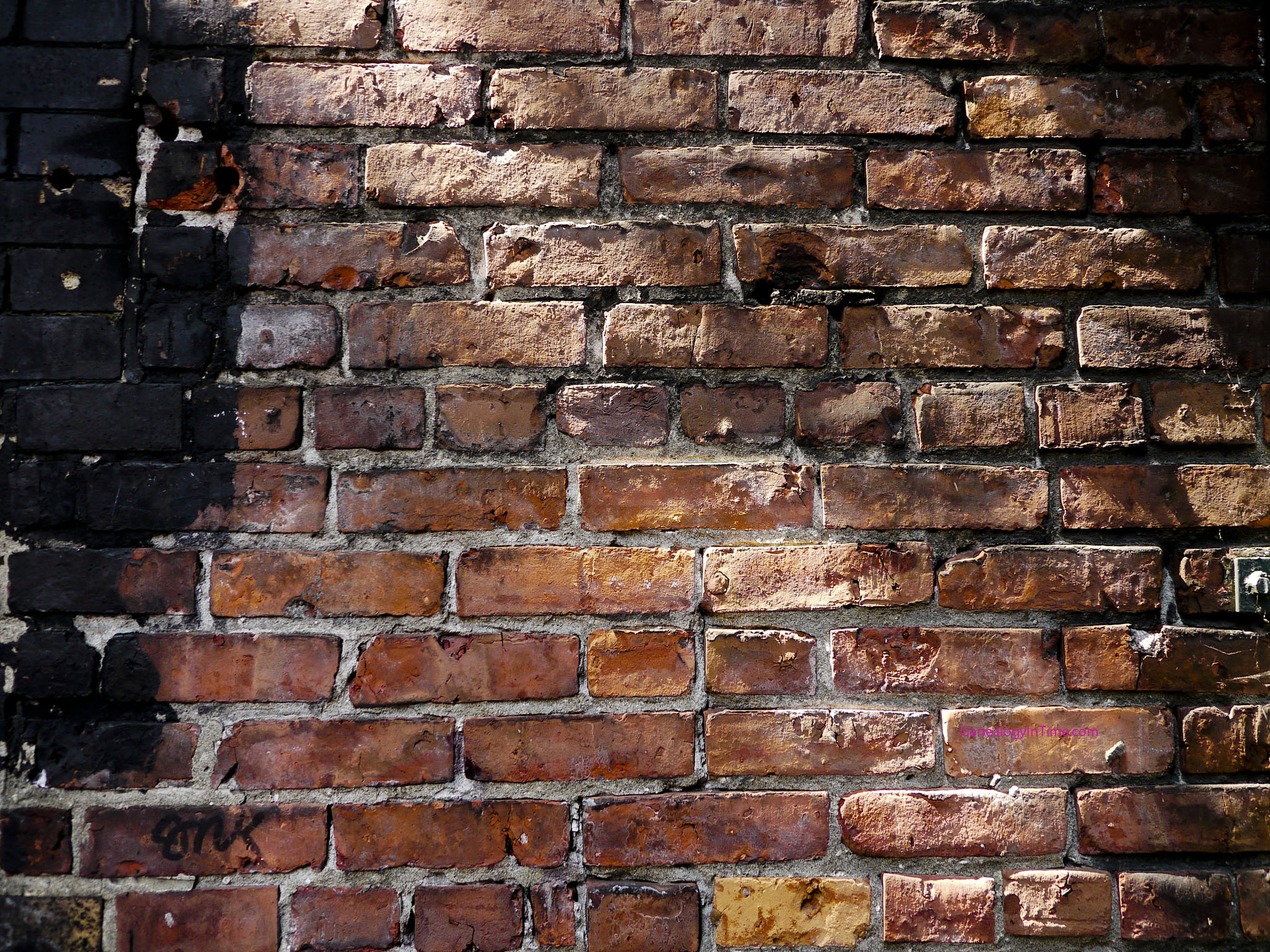 Free brick wall images page 5 for Wallpapered walls