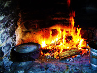 early hearth cooking fireplace